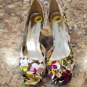 Rampage floral peep toe wedge shoes.
